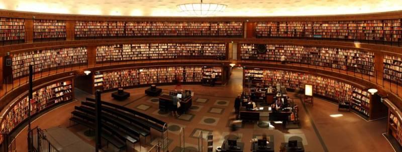 Mediathek mit Hinweisen auf Bücher, Presse und Online-Quellen, die den digitalen Nachlass behandeln